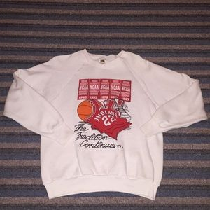 Vintage Fruit Of The Loom IU Sweat Shirt